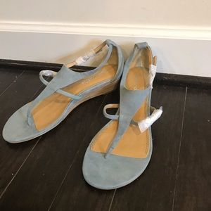NWT light blue suede wedges size 8
